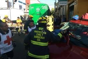 Choque de transporte público deja 21 heridos en la Capilla de Jesús