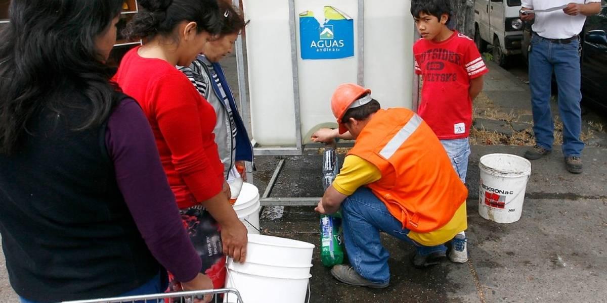 Juzgado rebajó de $453 a $75 millones multas a Aguas Andinas por corte masivo