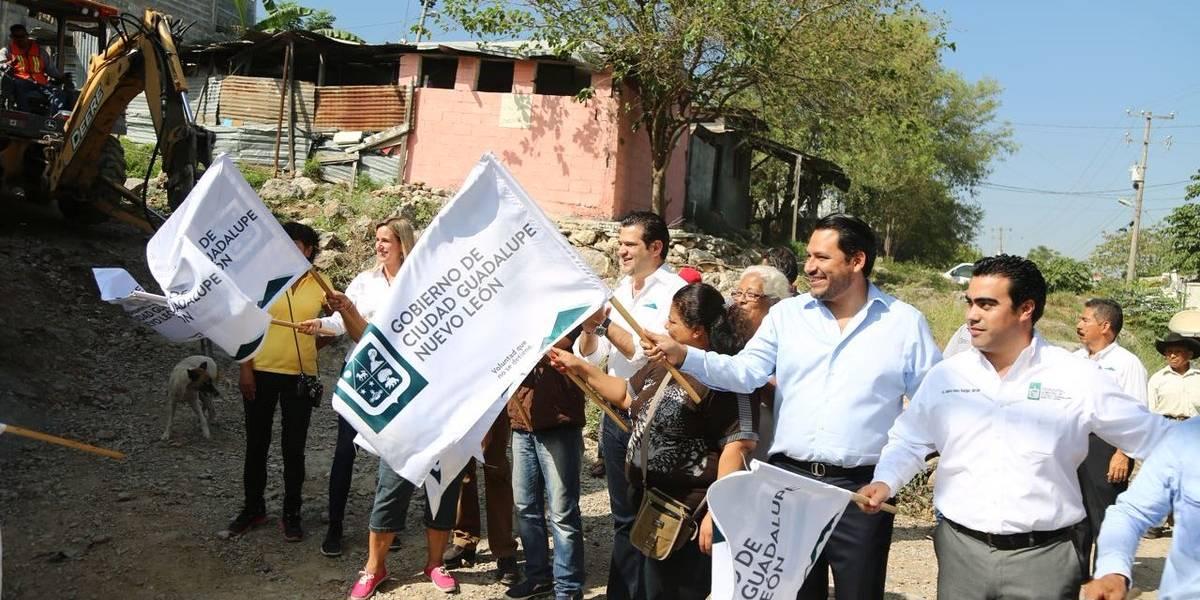 Tras 30 años, Municipio de Guadalupe inicia pavimentación en colonia Nuevo Almaguer