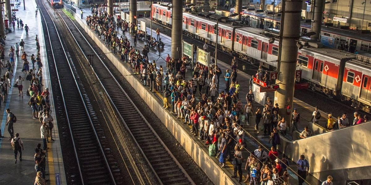 CPTM: Circulação de trens da Linha 12 é interrompida por furto de cabos