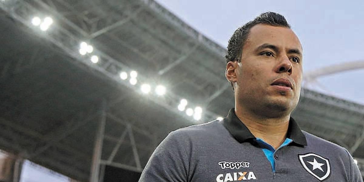 Santos retoma conversas com Jair Ventura