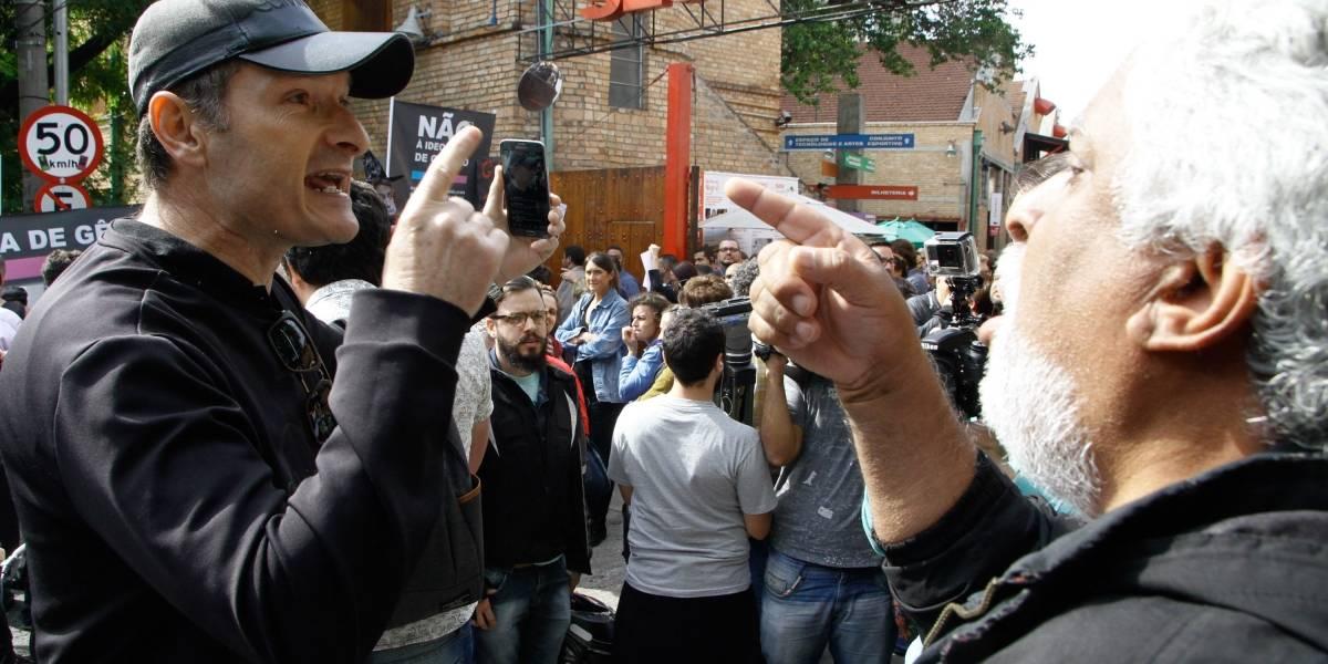Manifestantes protestam contra e a favor de filósofa Judith Butler em São Paulo
