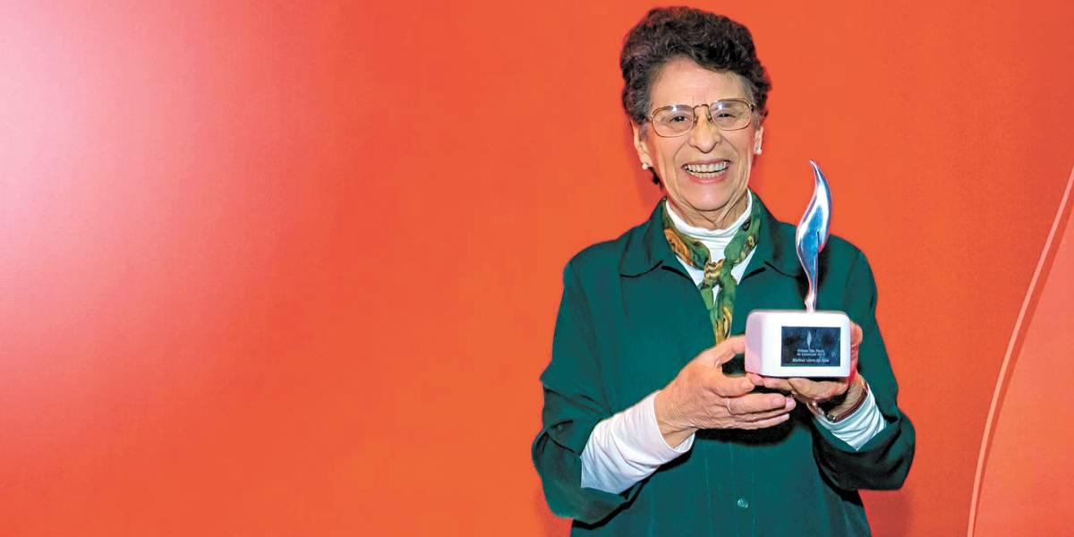 Maria Valéria Rezende ganha prêmio estadual de literatura