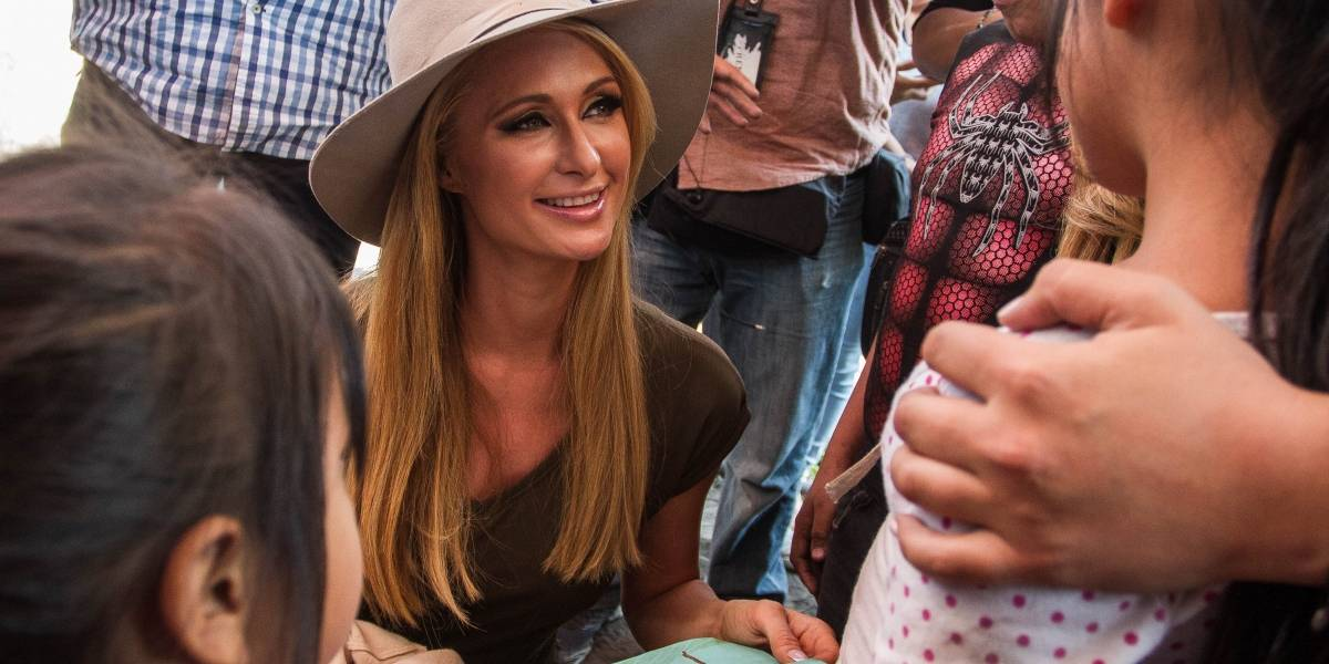 Fotos: Así fue la visita de Paris Hilton a Xochimilco para ayudar a damnificados