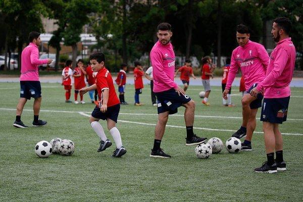 César Fuentes ha sido uno de los jugadores con más actividad en la UC durante la era Mario Salas / Foto: Photosport