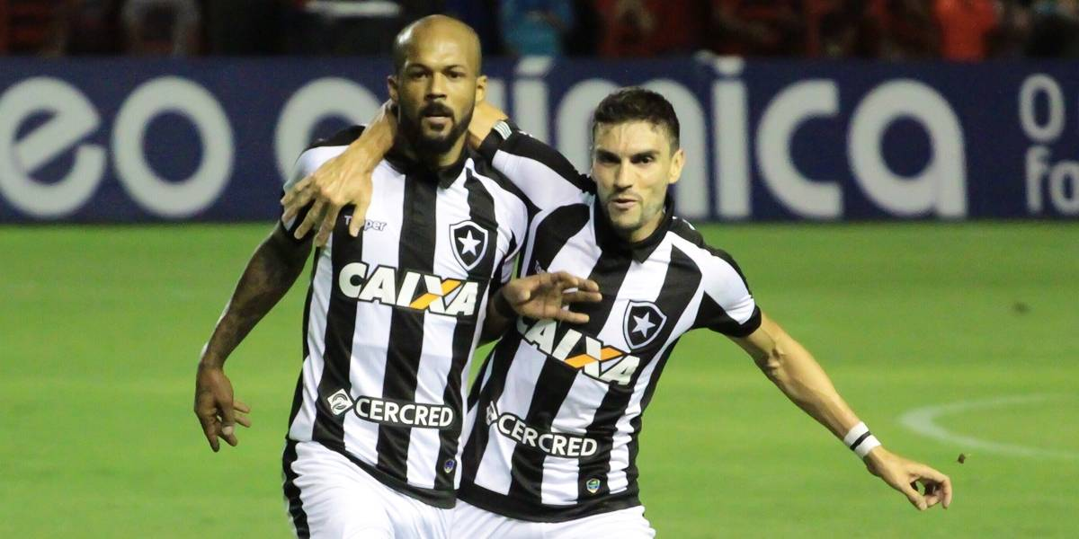 Botafogo supera o Sport e segue firme na luta por vaga na Libertadores