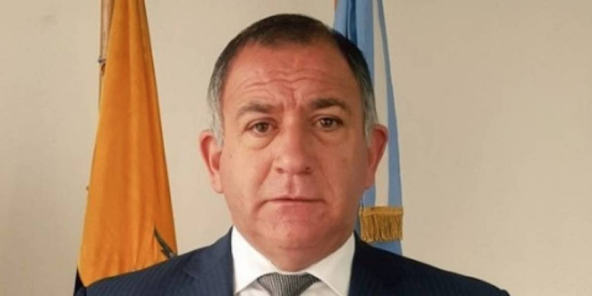 Argentina oficializa salida de Luis Juez de la embajada en Ecuador