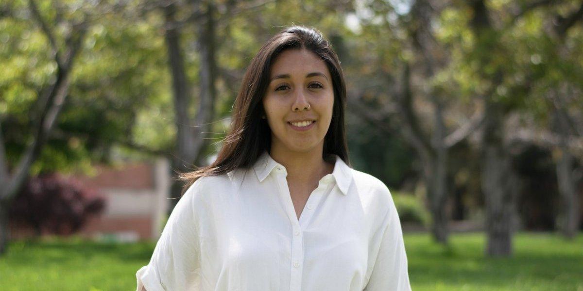 """Nueva presidenta de la Federación de estudiantes de la UC: """"la peor carta para que gobierne el próximo año es la derecha"""""""