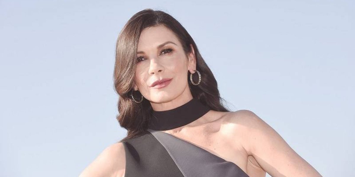 """Catherine Zeta-Jones se transforma en la """"madrina de la cocaína"""""""
