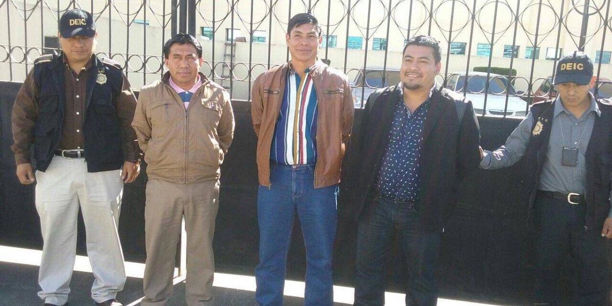 Capturan a tres concejales de la municipalidad de San Miguel Sigüilá, Quetzaltenango