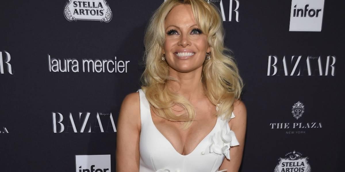 Las dos razones de Pamela Anderson para tomar la delantera mundial en apoyo a la independencia de Cataluña