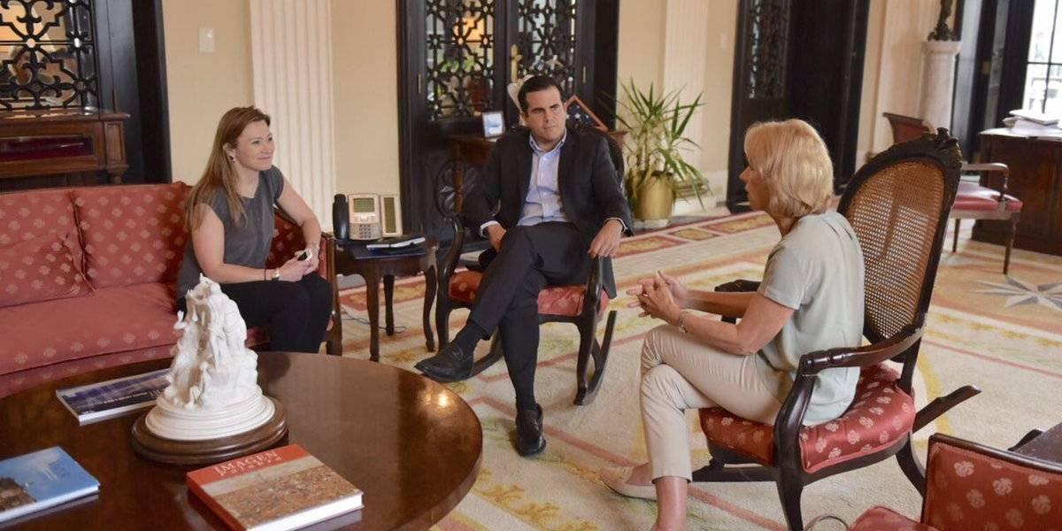 Gobernador se reúne con secretaria de Educación de Estados Unidos