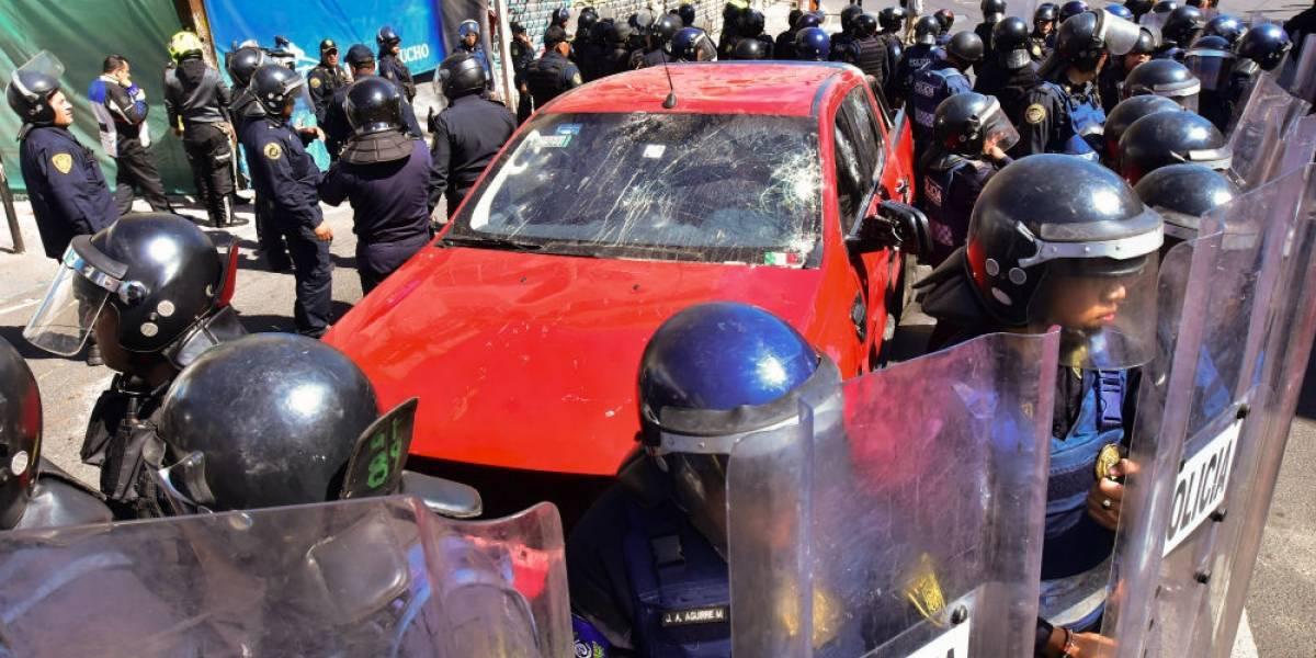 Detienen a conductor que arrolló a manifestantes en Centenario