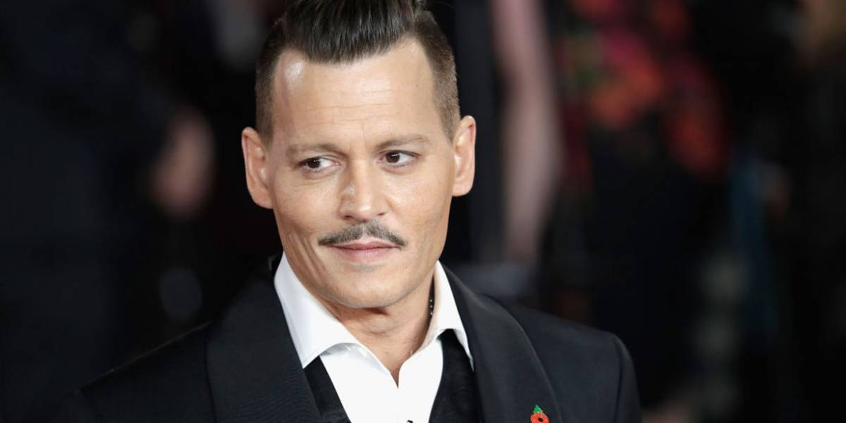 Johnny Depp foi bêbado à estreia de Assassinato no Expresso Oriente?