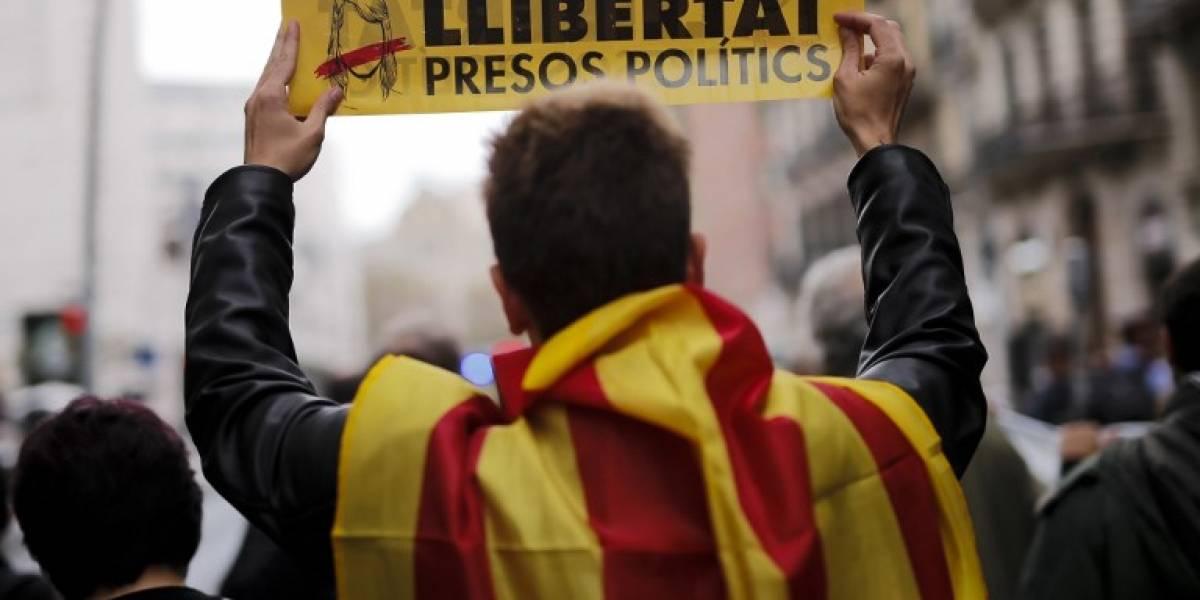 Manifestantes provocan numerosos cortes de carreteras y ferrocarriles en Cataluña