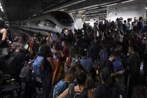 manifestantescataluna8-f9f59a9678380316831f243699b6517e.jpg