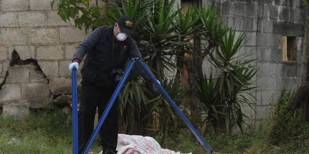 Sin dejar evidencias, abandonan cuerpo con señales de violencia en Lo de Carranza