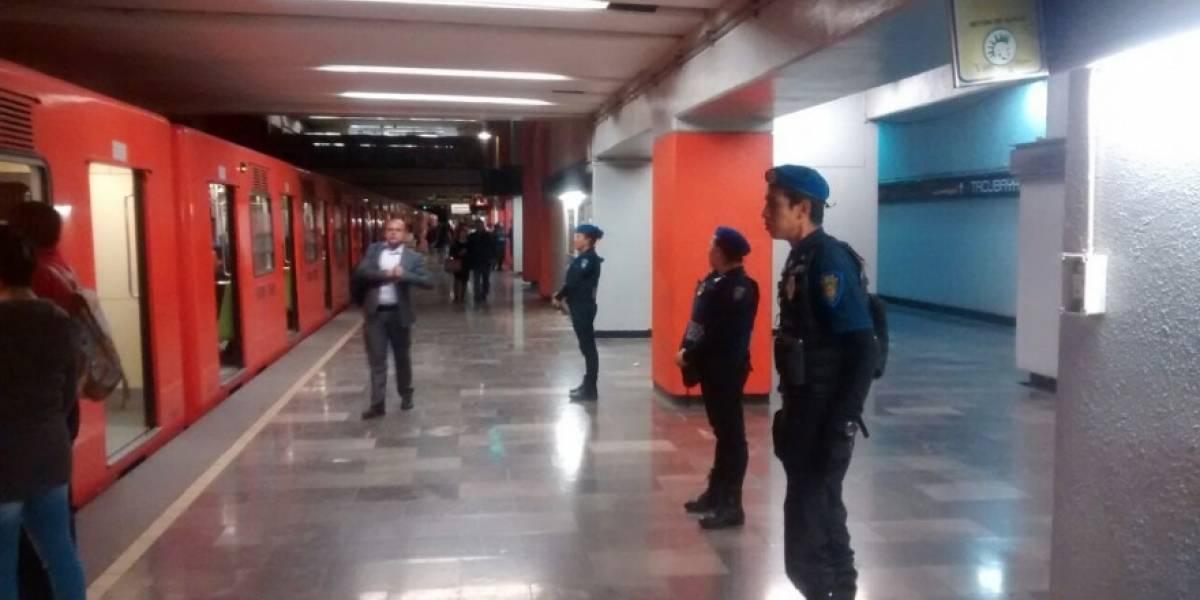 La triste razón por la que una familia viajaba con un ataúd en el Metro de México