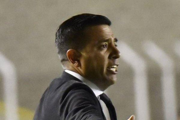 César Farías