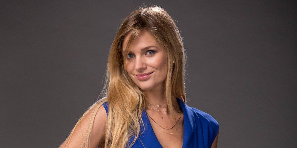 Mayte Rodríguez tendrá permisos especiales de TVN para visitar a Alexis Sánchez en Europa