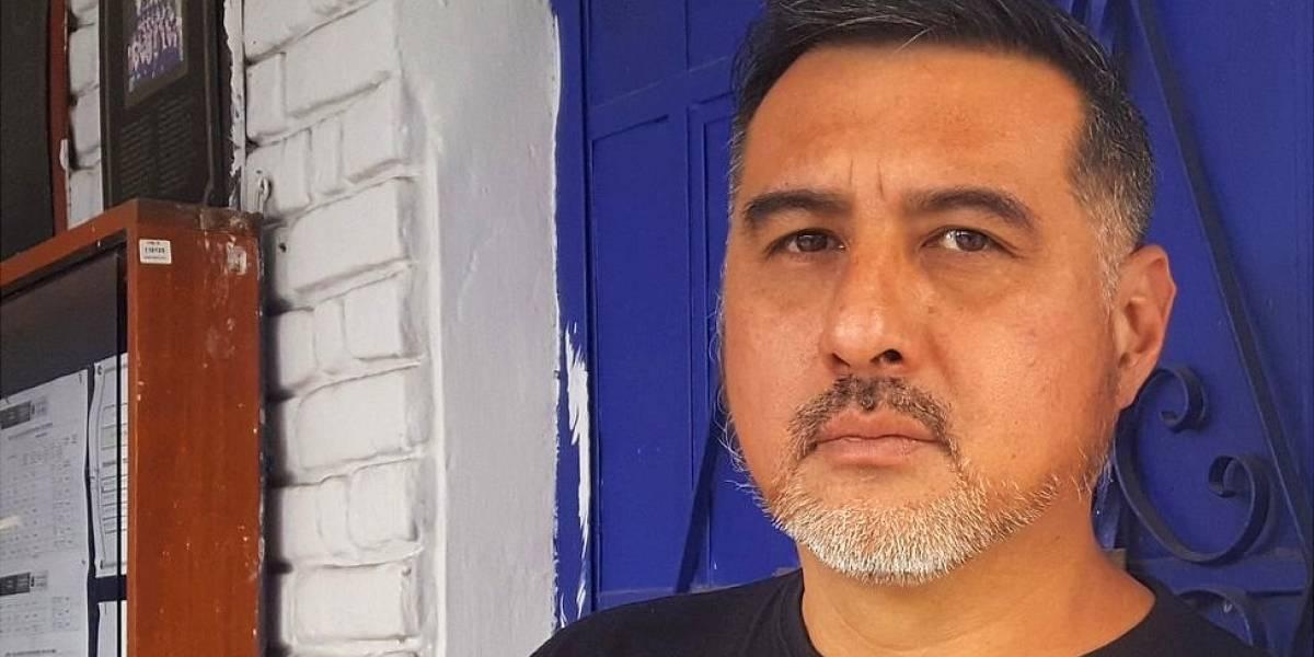 """""""A mi generación la parió un cochebomba"""": el escritor Martín Roldán sobre las cicatrices que aún llevan quienes crecieron en la década más violenta de Perú"""