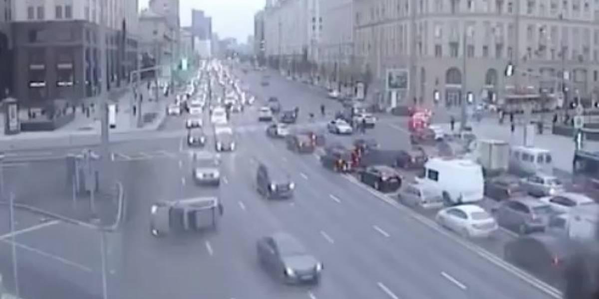 Unos culpan a Magneto y otros a Eleven: el extraño accidente de tránsito en Rusia que no tiene explicación