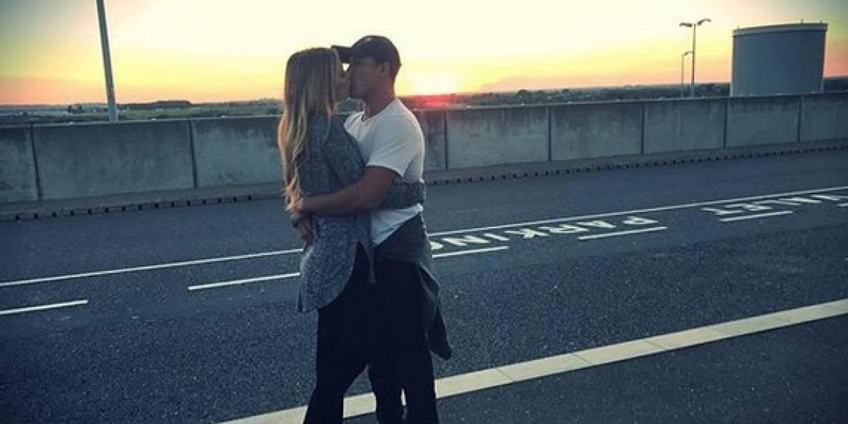 """""""No vuelvan a molestar a mi pareja"""": Alexis Sánchez dispara en Twitter contra Queraltó y """"Guaguito"""" Roldán"""