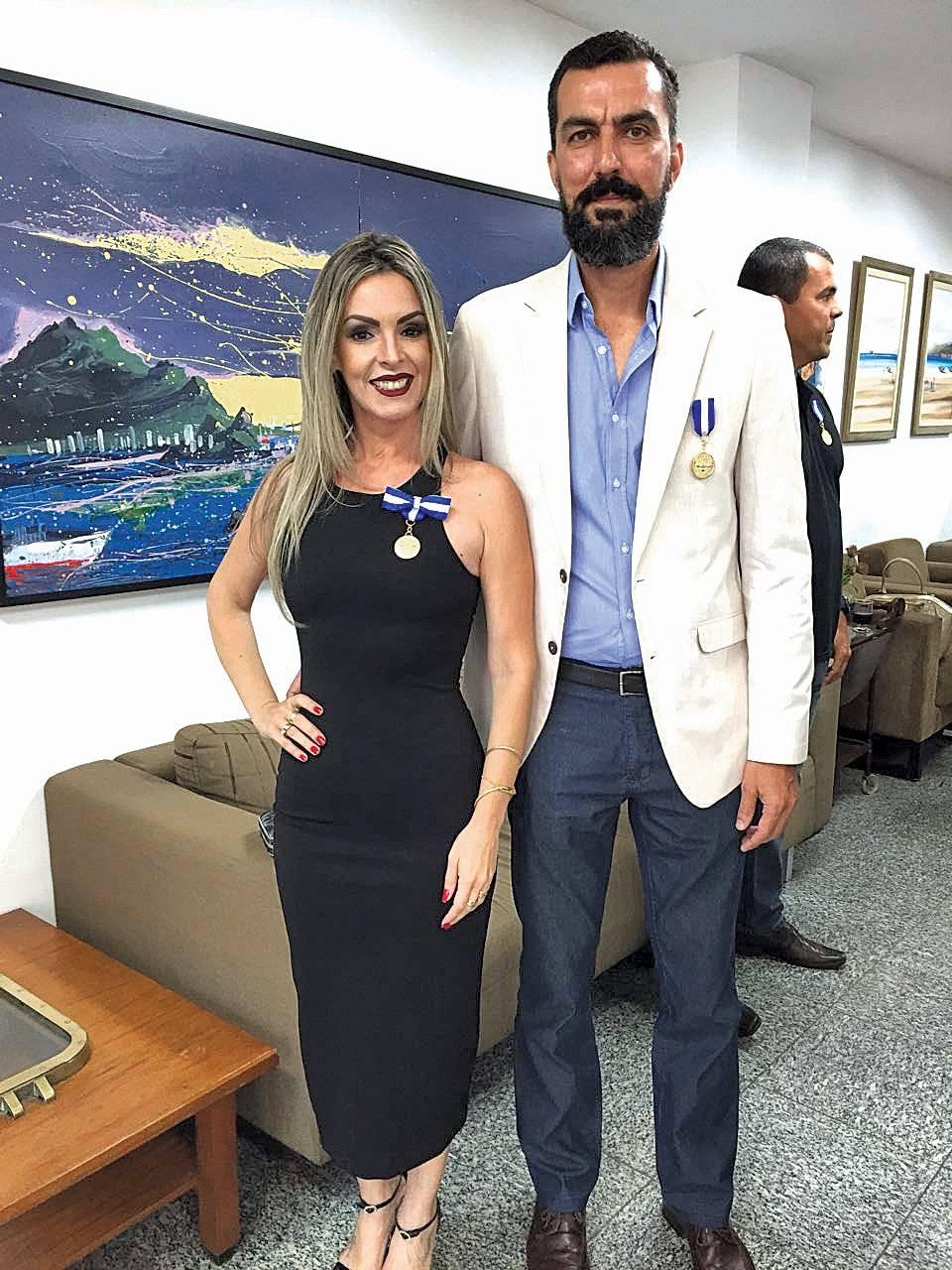 Ana Luiza Freitas e Emerson Souza