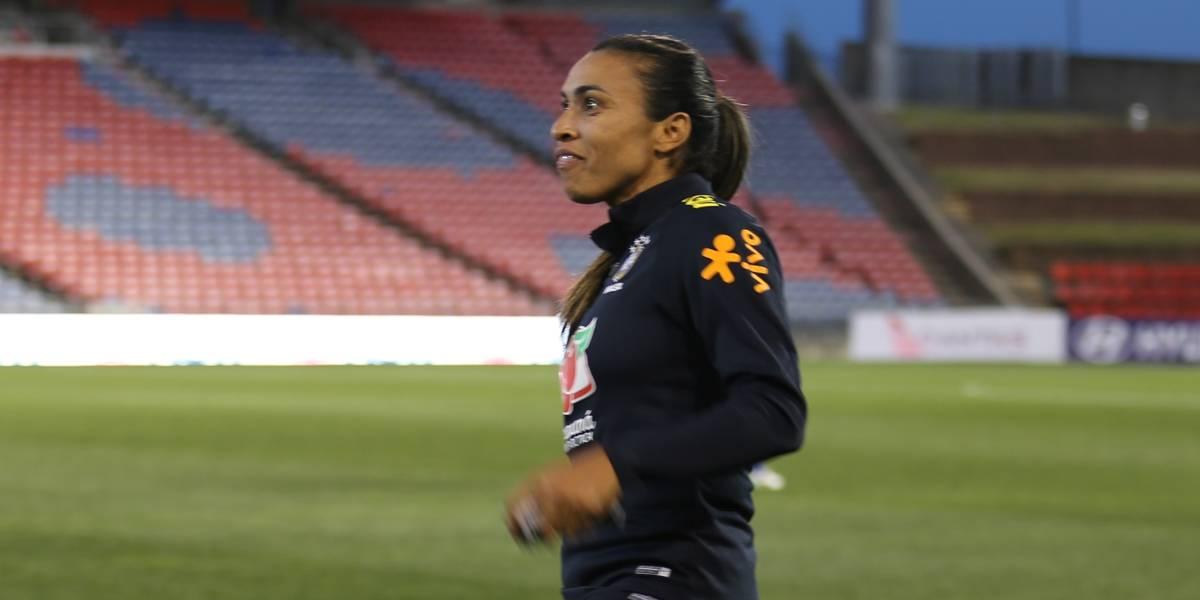 Vadão convoca Marta e mais 27 jogadoras para semana de treinos da seleção