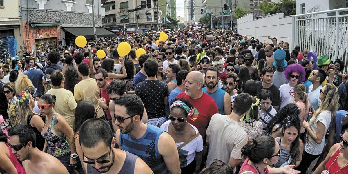 Um mês antes do Carnaval de rua, prefeitura de SP ainda não fechou patrocínio