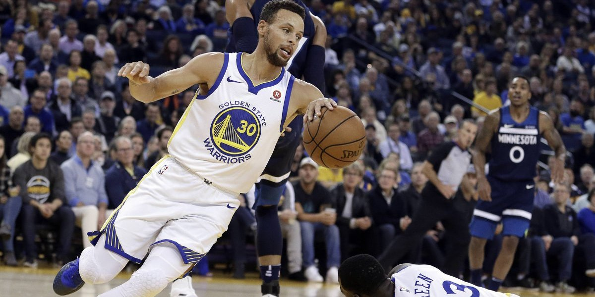 Stephen Curry y Thompson hallan su toque