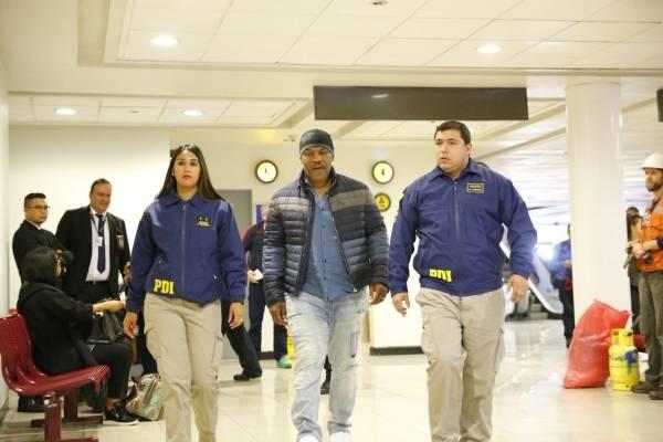 PDI impidió el ingreso a Chile del ex boxeador Mike Tyson