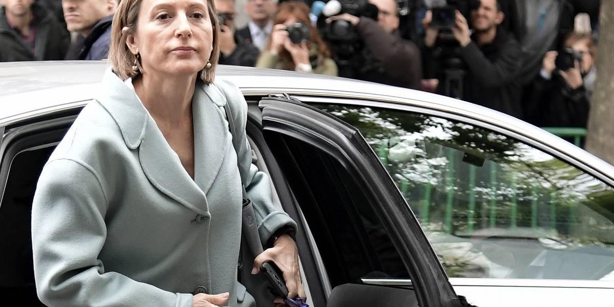 Presidenta del parlamento catalán sale de la cárcel bajo fianza luego de comprometerse a respetar la Constitución