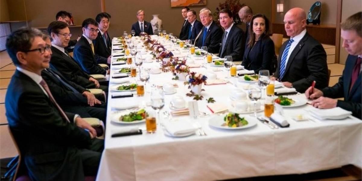 El mensaje oculto en el menú de la gira asiática de Donald Trump: la comida que le sirvieron y lo que significa