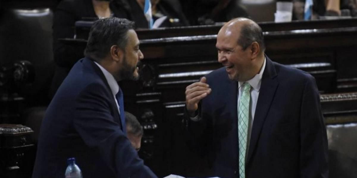 Jefe de la bancada UNE vuelve a detener antejuicio en su contra por financiamiento ilícito