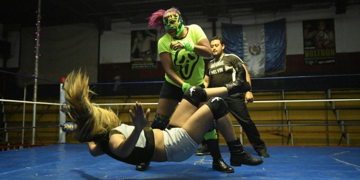 La Hija del Zombie se confiesa tras coronarse Campeona Universal AIWA
