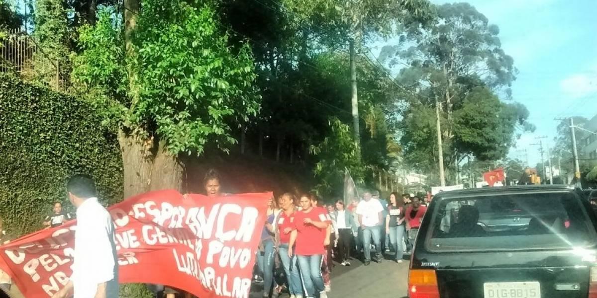 Manifestantes protestam contra reforma trabalhista
