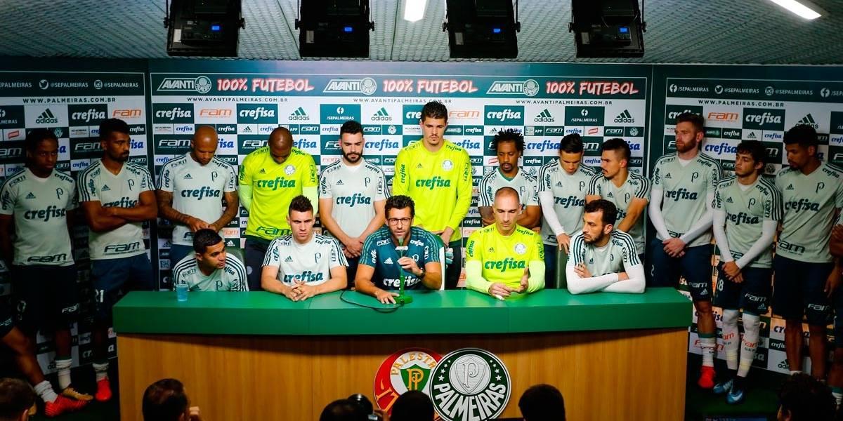 Para mostrar união, jogadores e técnico do Palmeiras dão entrevista em conjunto