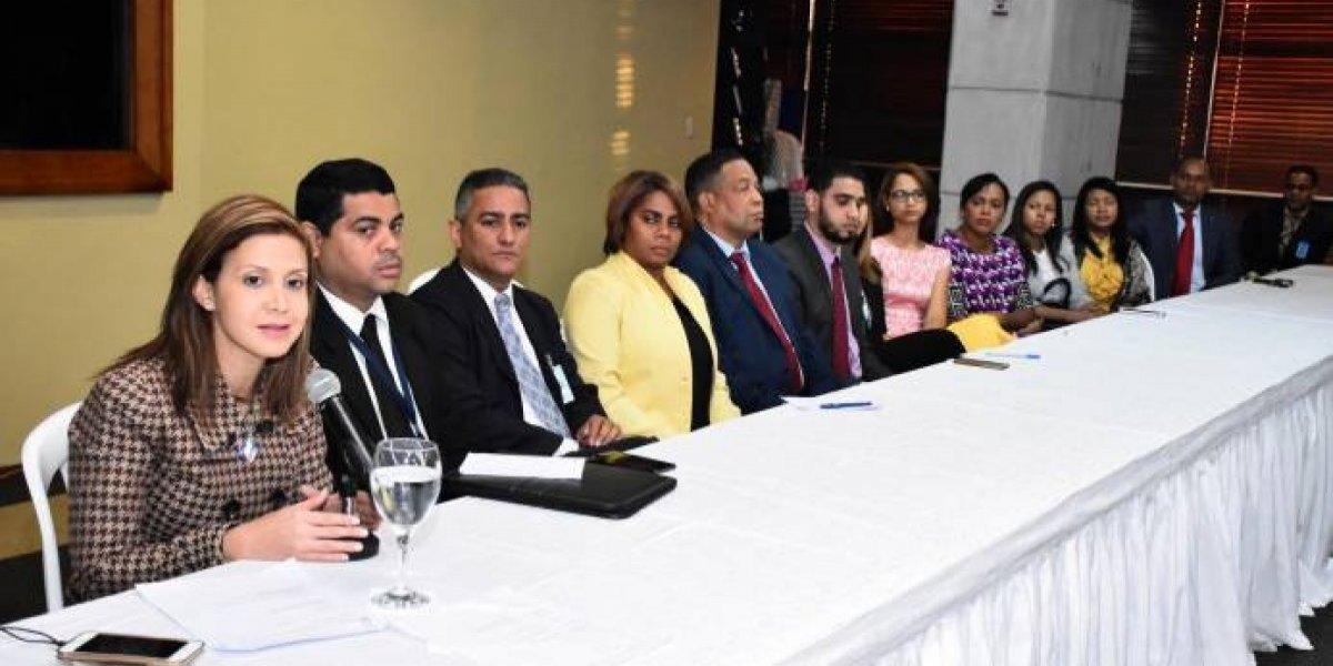 Fiscal Santo Domingo Oeste se reúne con fiscales y personal administrativo de ese organismo