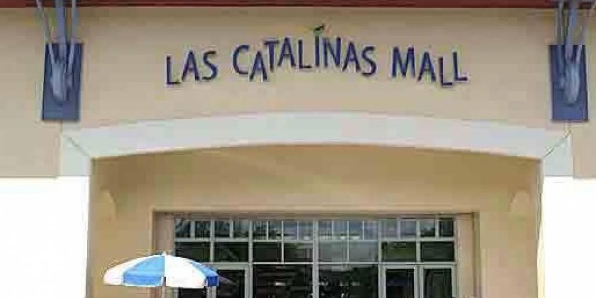 Reabre centro comercial en Caguas