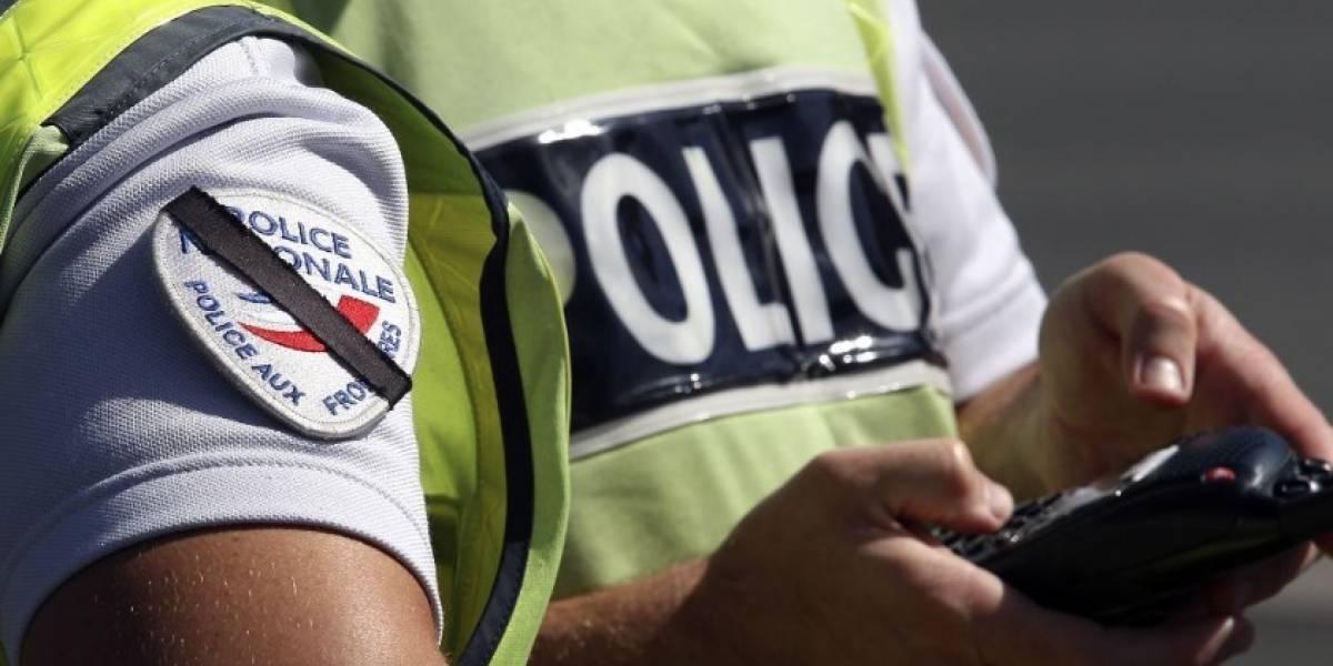 Auto atropella a estudiantes en Francia