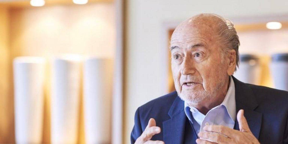 Blatter se desmarca de las acusaciones de acoso sexual en su contra tildándolas de ridículas