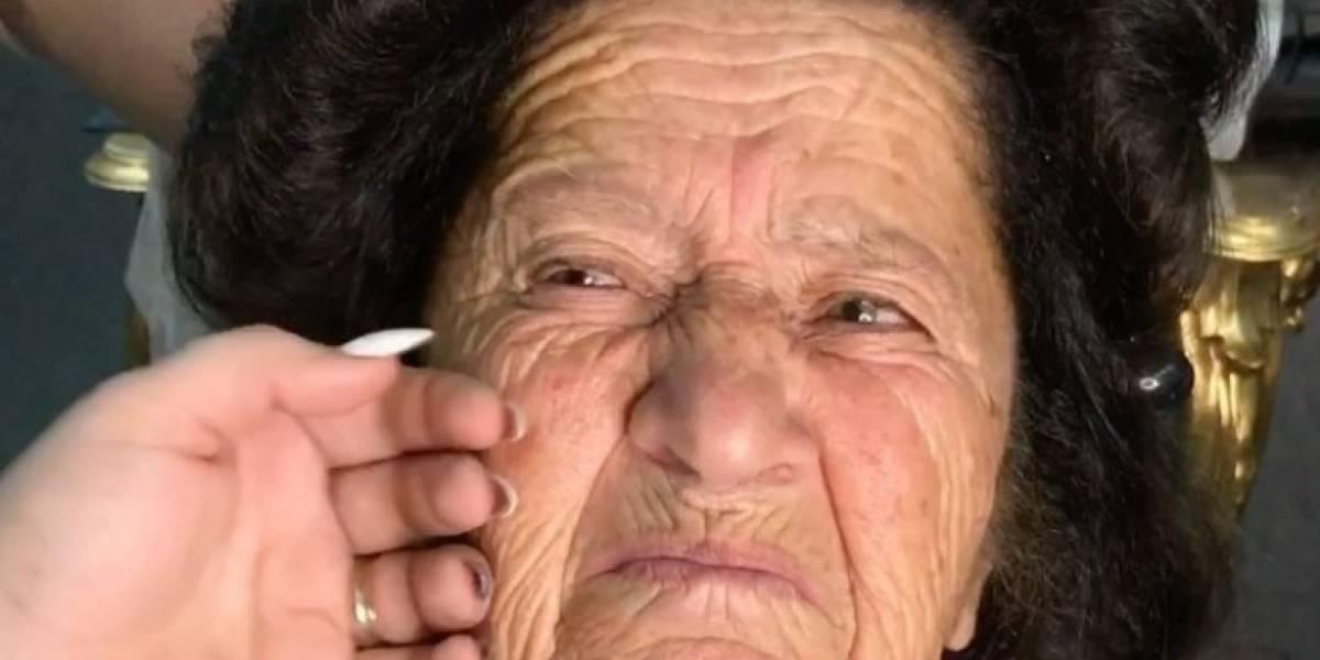 Video: vea el cambio extremo de una abuelita a quien maquillaron por primera vez en su vida
