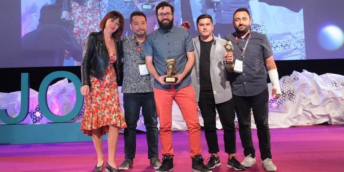 Chilenos triunfan en festival iberoamericano  con campaña de donación de órganos