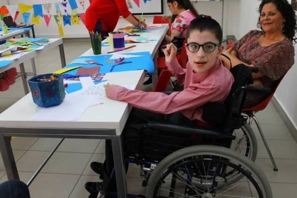 Luchas Echeverría (14) está contento con este centro