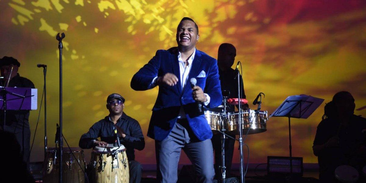 Alex Matos despedirá el 2017 con concierto aniversario