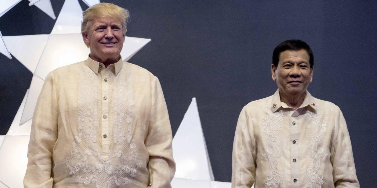 Trump llega a Filipinas para la cumbre de la ASEAN