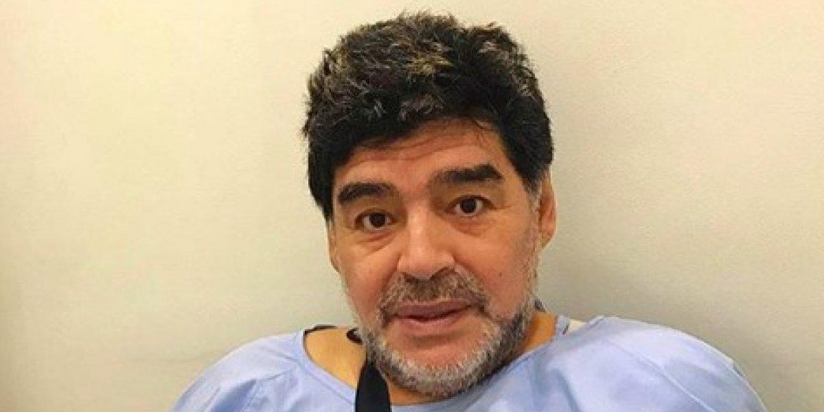 Diego Armando Maradona es sometido a operación