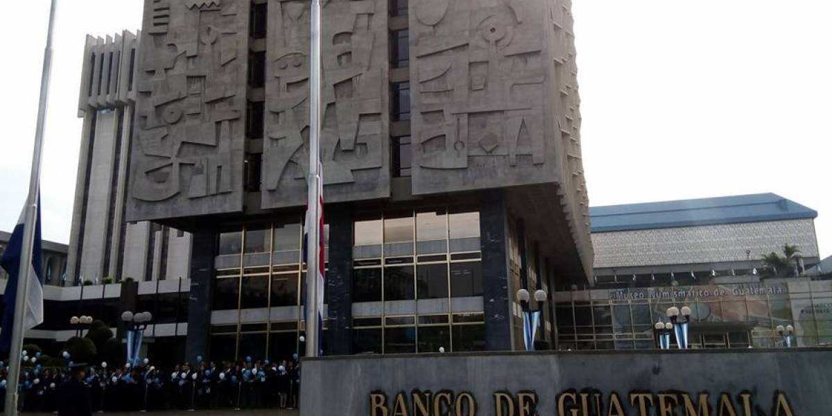 Guatemala reporta cifra histórica de ingreso de remesas en 2017