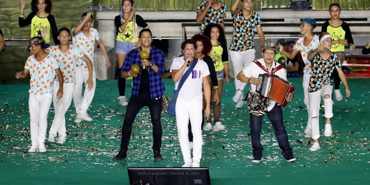 """Carlos Vives invita a Juegos Bolivarianos y uribistas lo acusan de """"castrochavista"""" en redes"""